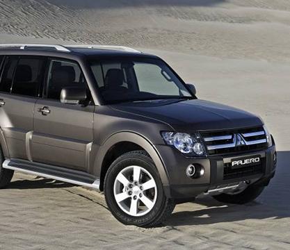 Замена штатных линз, полировка и регулировка фар на Mitsubishi Pajero 4