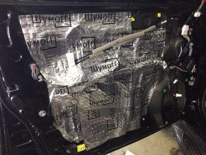 Установка шумоизоляции и тонировка стекол Toyota Land Cruiser 200