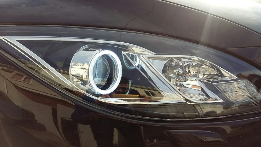 Замена линз Mazda